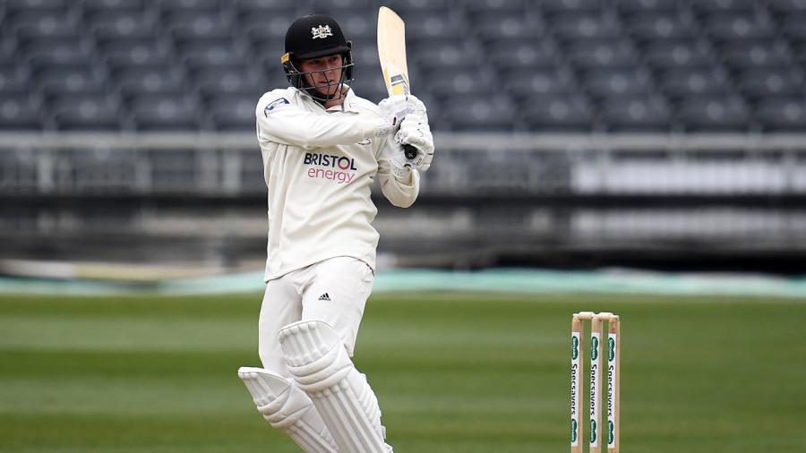 Gloucestershire batsmen put on a festival against Worcestershire
