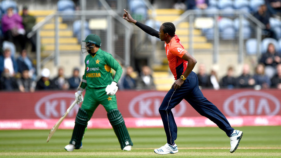 World Cup preparations dominate agenda as England and Pakistan face off