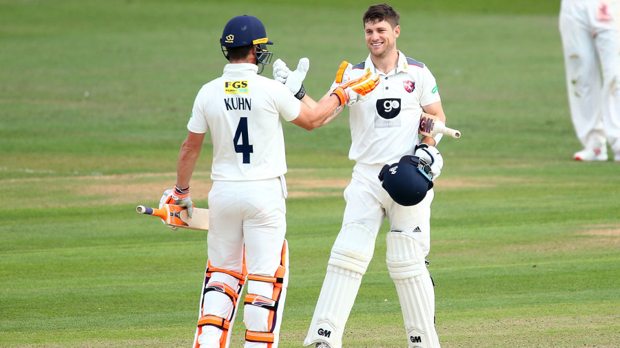Kent give Surrey a scare before match ends in a draw