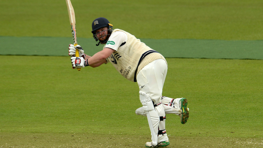 Paul Stirling's Championship best sets up Middlesex