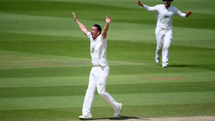Relentless Kyle Abbott claims nine wickets to dent Somerset's hopes of winning maiden title