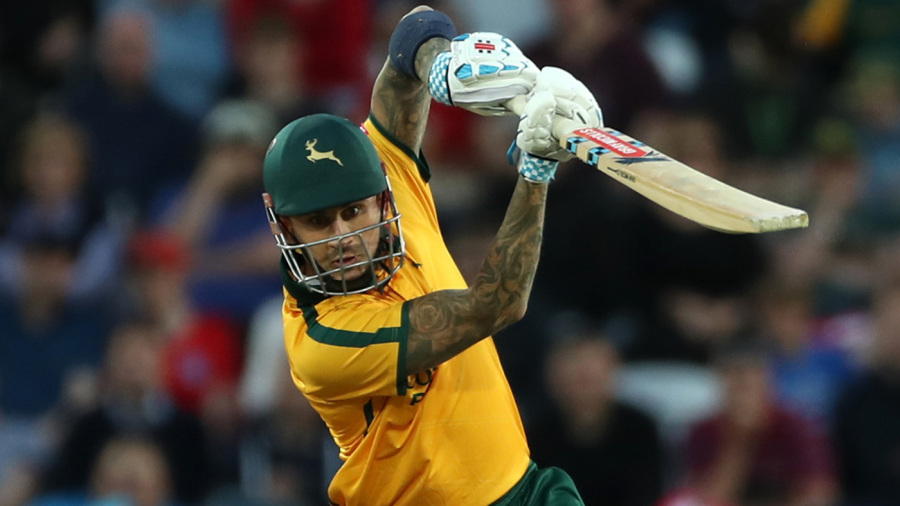 Alex Hales half-century steers Notts Outlaws to win over Leicestershire Foxes
