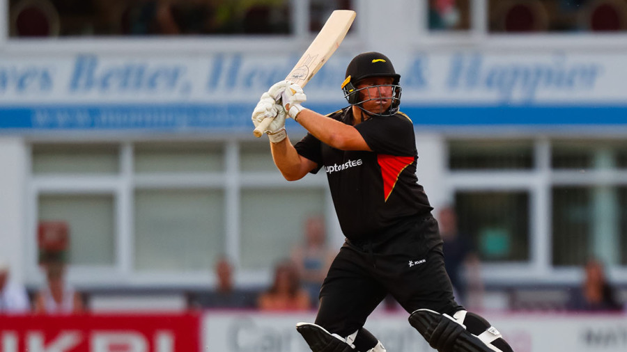 Arron Lilley, Mark Cosgrove lead Leicestershire to win over Nottinghamshire