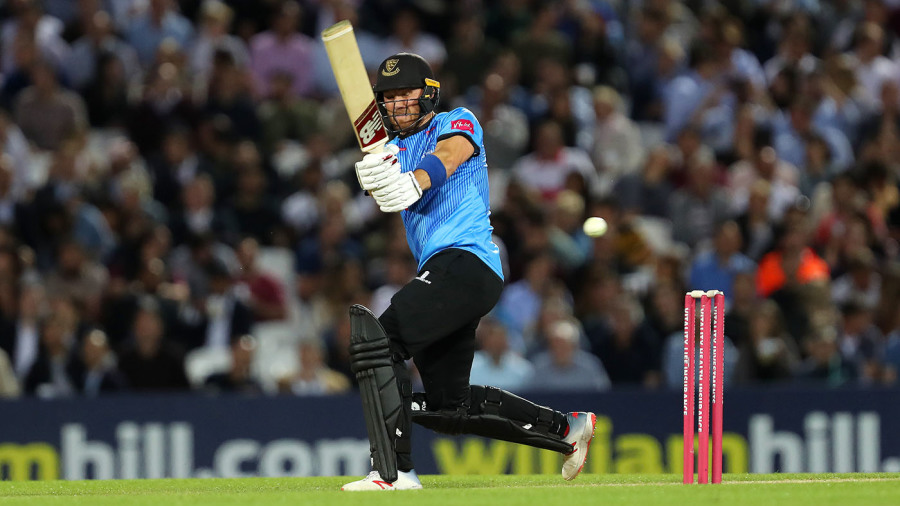 Laurie Evans fifty helps Sussex confirm quarter-final spot