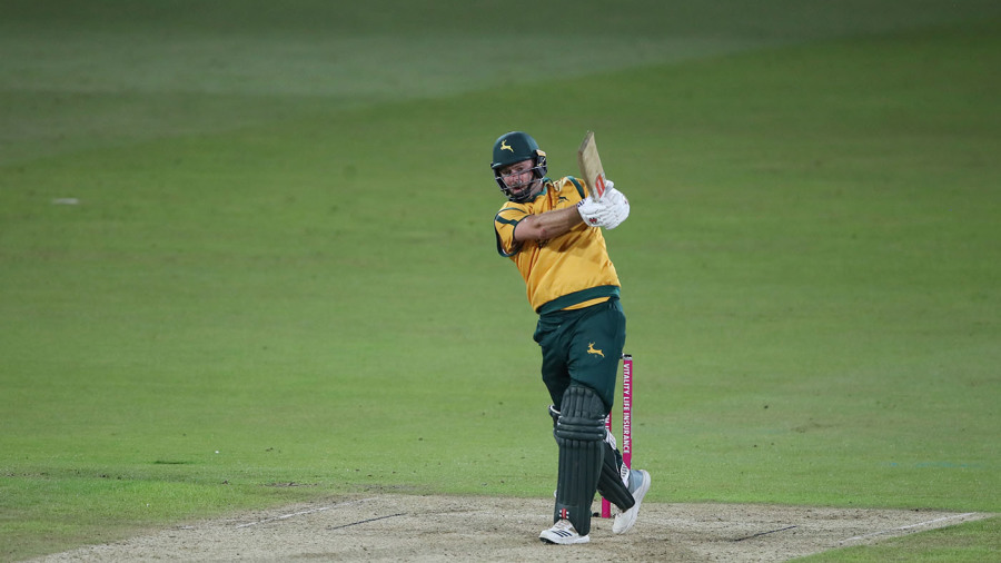 Chris Nash smashes Notts Outlaws to victory in first outing of the season