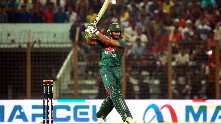 Shakib Al Hasan's masterclass sees Bangladesh through