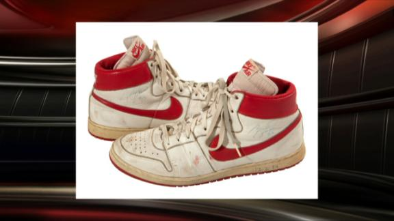 new style 0c110 b5a90 Buyer pays 71,553 for Jordan shoes