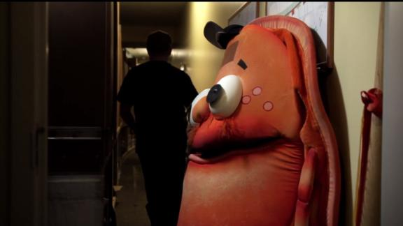 30 for 30 Shorts: The Anti-Mascot