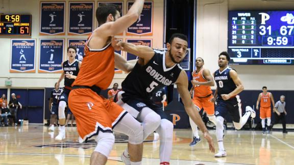 ebbee670 Gonzaga moves to No. 1 for second time in school history   abc7.com
