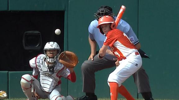 Texas homers on the first pitch of LLWS final
