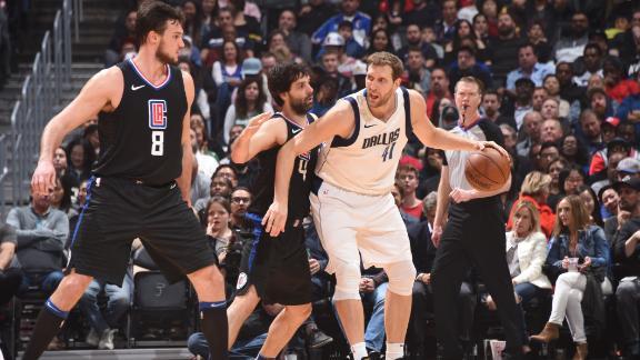 Clippers Score Last 13 Points Rally Past Mavericks 104 101