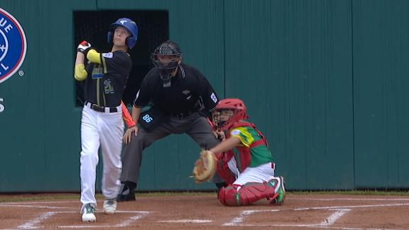 Australia goes up early on 2-run HR at LLWS