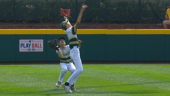 South Korea gets out of bases-loaded jam at LLWS