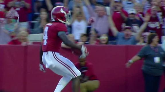 Alabama scores on second play from scrimmage
