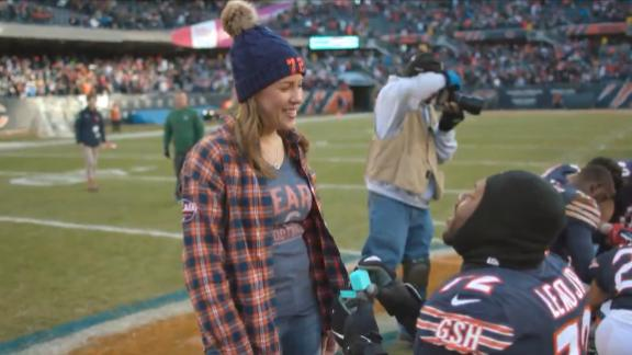Bears' Charles Leno asks girlfriend to marry him after victory