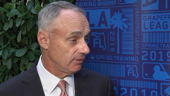Manfred: MLB could use pitch clock on Opening Day