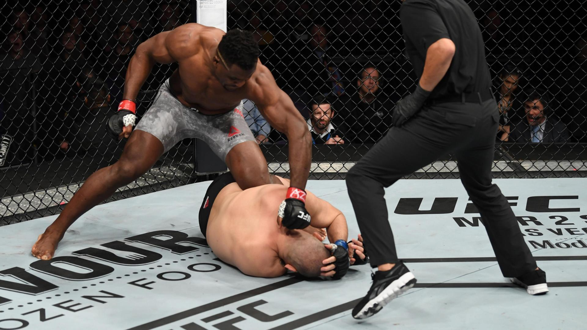 Ngannou KOs Velasquez in 26 seconds
