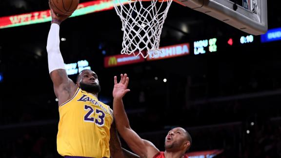 LeBron leads Lakers' 19-point comeback vs. Rockets