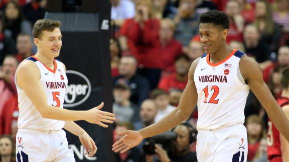 Hunter scores career-high 26 in win vs. Louisville