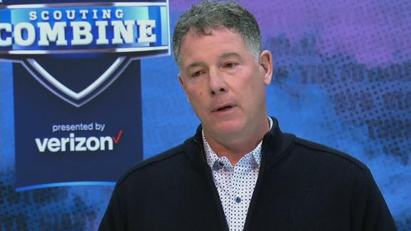 Shurmur: Young QB will benefit being around Eli