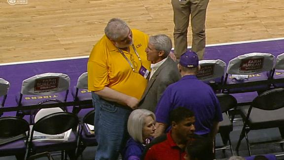 LSU AD enters arena to chorus of jeers