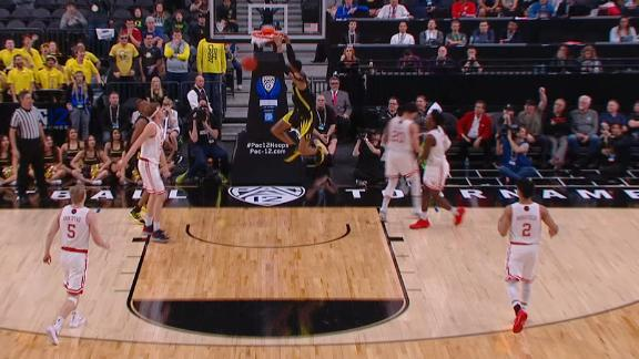 Wooten's alley-oop dunks help Oregon ice game