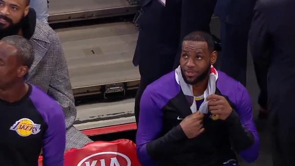 LeBron blasted by Frazier for distancing himself from huddle