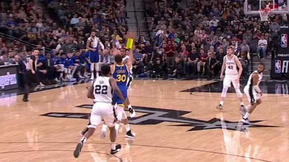 Curry drills 61-footer to end first quarter