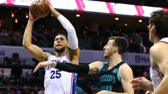 Simmons's 28 points lead 76ers to road win