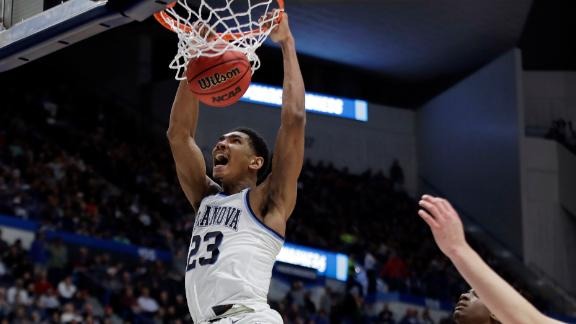 Samuels crushes dunk to seal Villanova's win