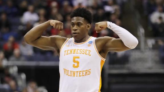 Schofield's back-to-back 3-pointers seal Tennessee's win