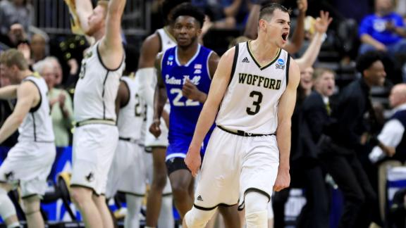 Wofford's Magee breaks DI record for 3-pointers made