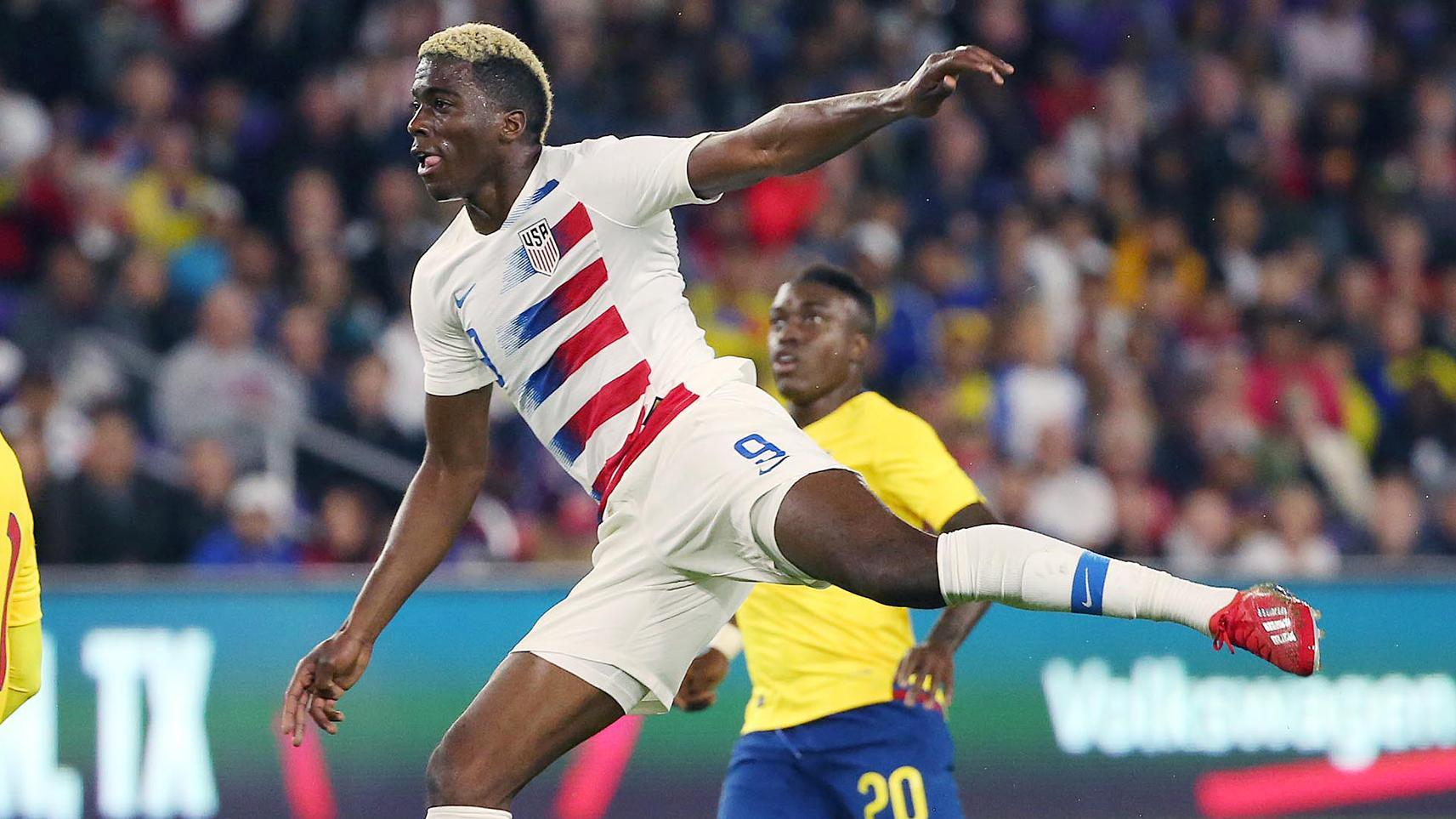 Zardes' deflected shot puts the U.S. in front
