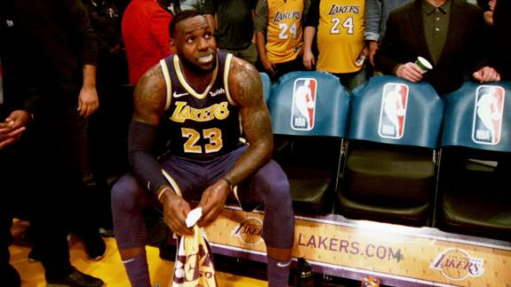 Lakers' problems lead to failed 1st LeBron season