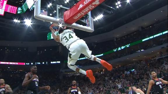 Giannis throws down alley-oop