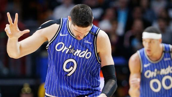 Vucevic's 24 points lead Magic to win over Wade, Heat