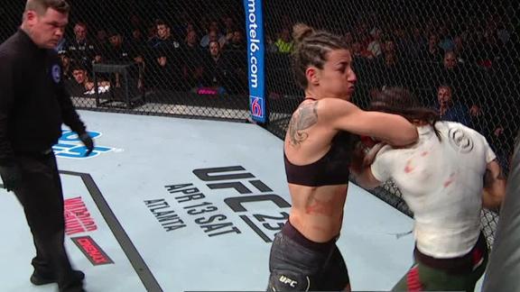 Rodriguez dominates Aguilar
