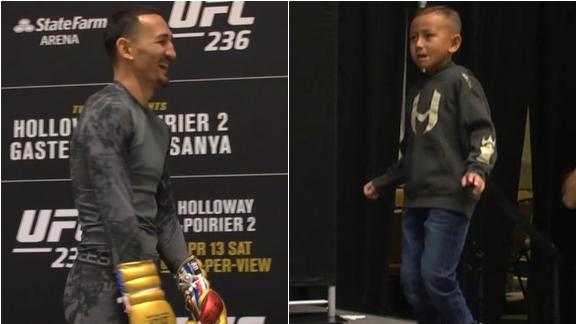 'Mini Blessed' steals the show at UFC 236 open workouts