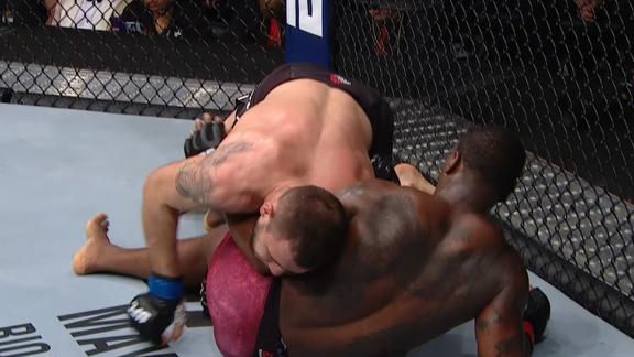 Krylov gets dominant position after takedown
