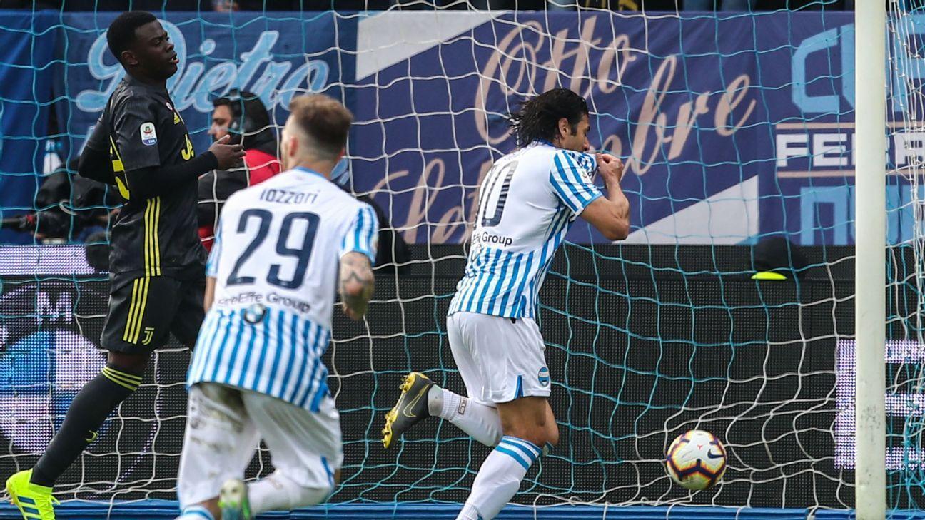 0b8f41d78b6dd Floccari pone el 2-1 y le arruina la fiesta a la Juventus