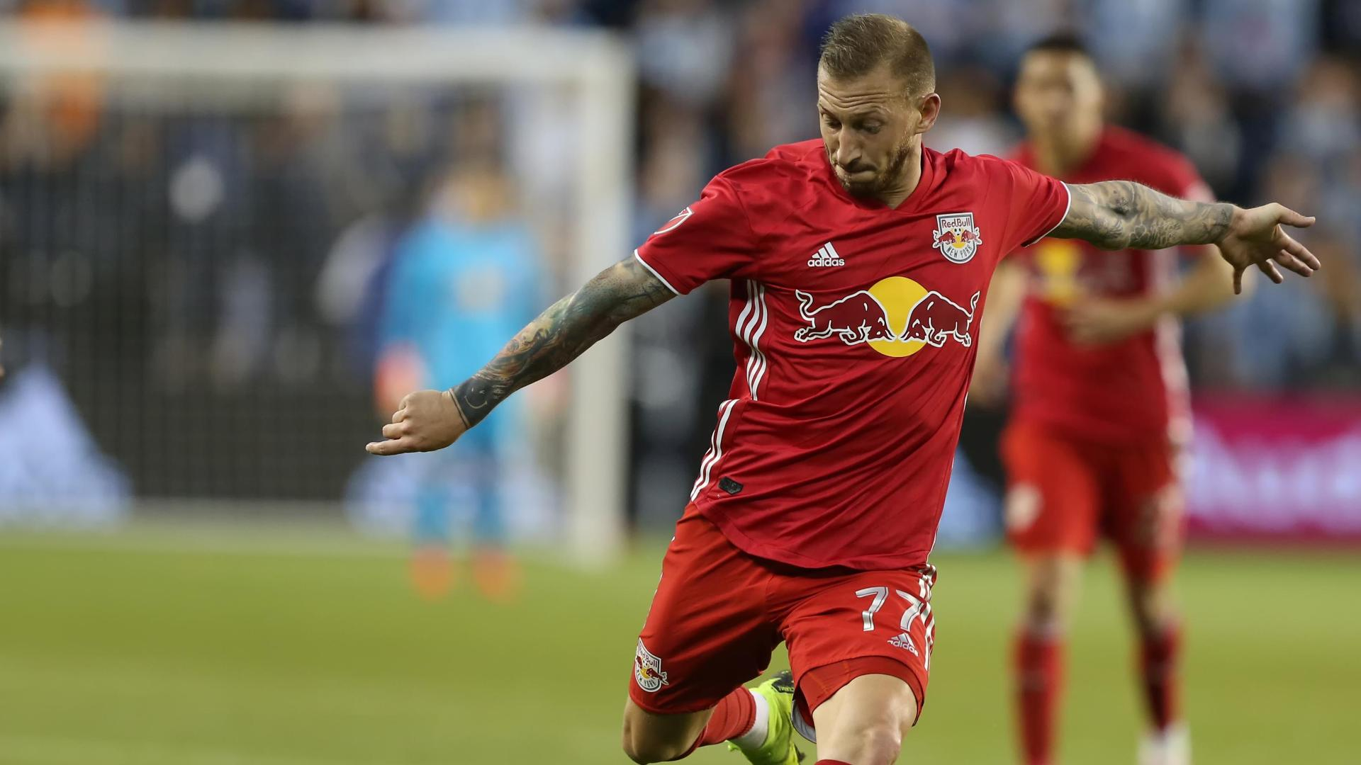 Royer's clinical finish brings NYRB level
