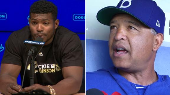 Roberts, Puig address his tardiness to receiving ring