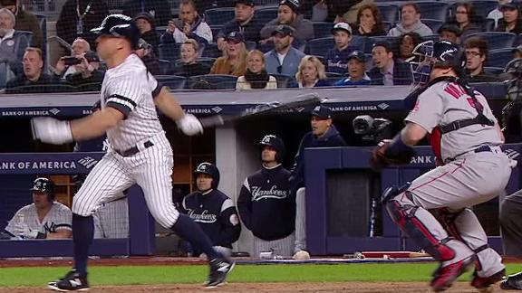 Gardner rips grand slam to right