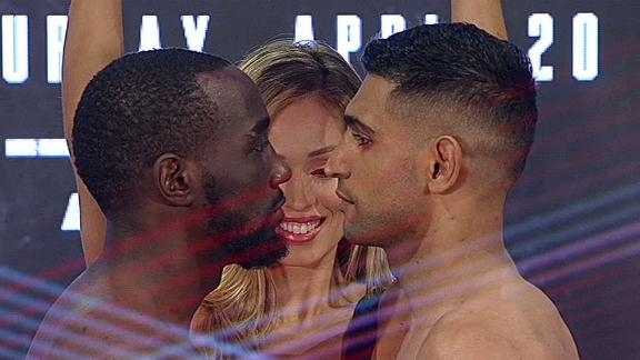 Crawford, Khan make weight ahead of PPV showdown