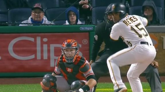 Pirates dominate 1st inning in win vs. Giants