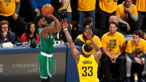 Brown's near perfect night helps Celtics take 3-0 series lead