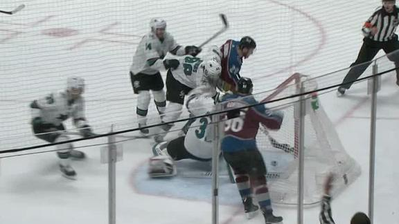 MacKinnon, Wilson knock in goals as Avalanche even series