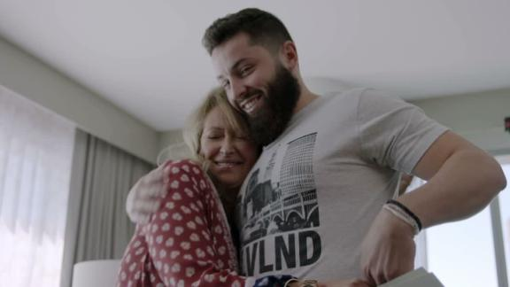 SC Featured: Mayfield grateful for his mother's love