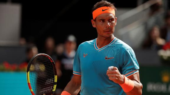 check out 3d007 e112c Nadal cruises past Auger-Aliassime