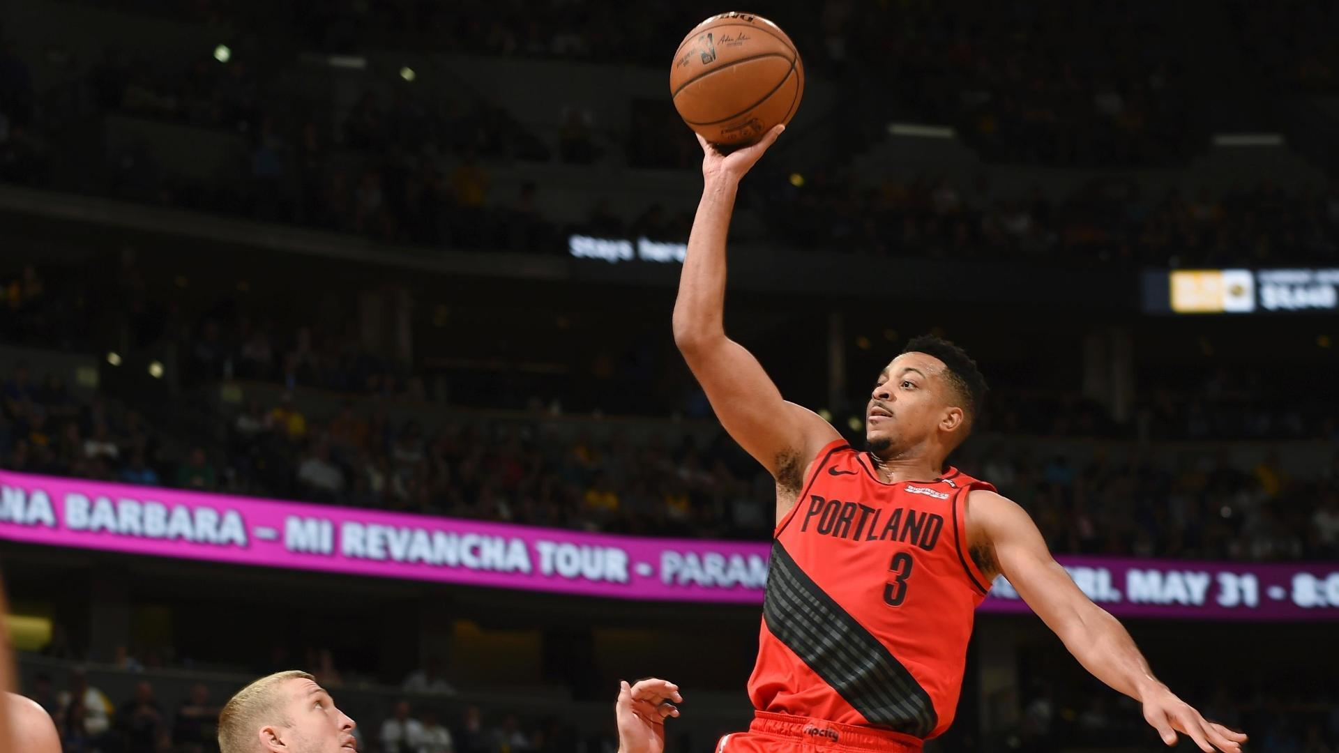 McCollum's 37 points lead Blazers to Game 7 victory